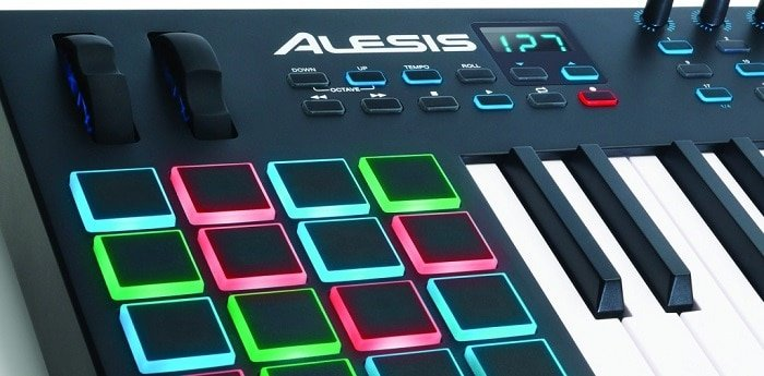 Best DJ Controllers for Scratching Reviews