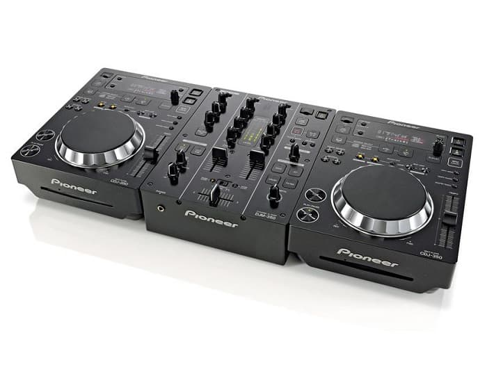 CDJ350 is one such product from Pioneer's lineup