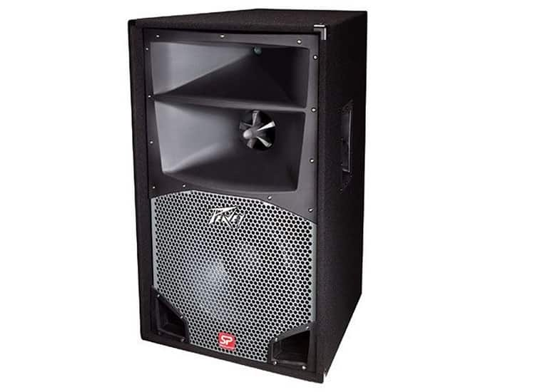 Peavey SP3 speaker comes in a very nice cabinet