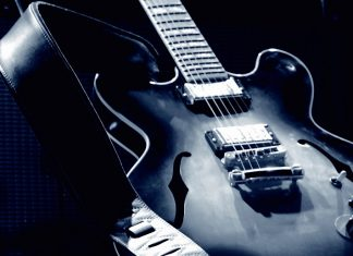 best guitar strings for blues