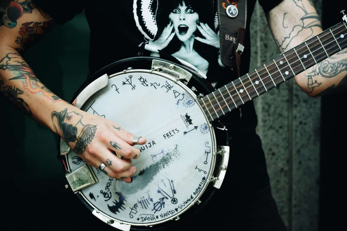 3 Best Banjo for Beginners in 2018 - Music Skanner Rated -